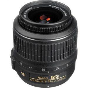 Nikon 18-55mm f/3.5-5.6 G AF-S DX VR-0