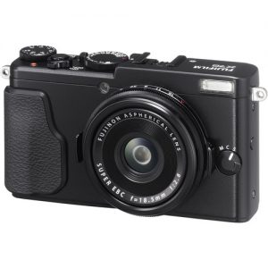Fujifilm X70 Digital Camera (Black)-0